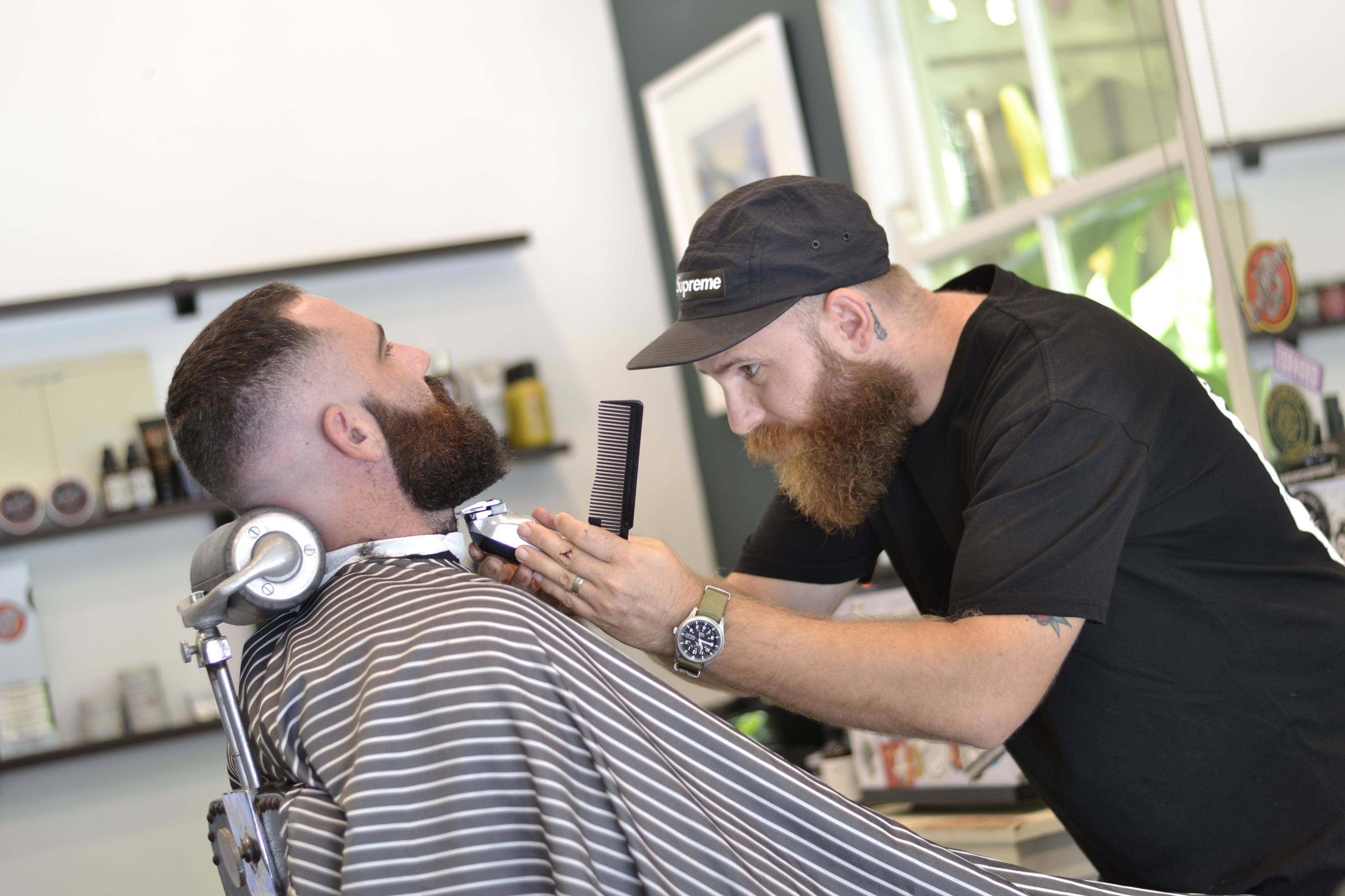 Tommy Two Blades Barbershop